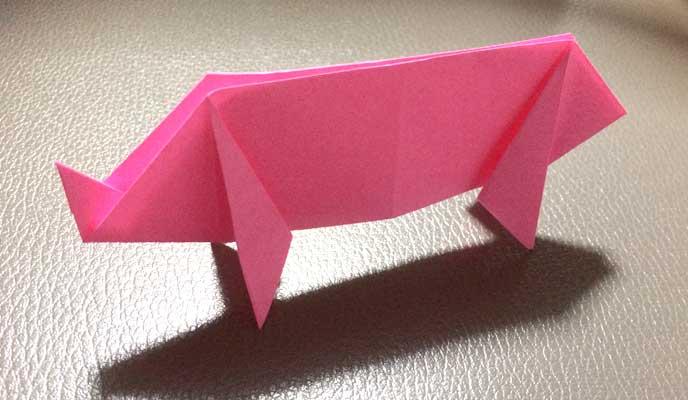 折り紙ブタの完成