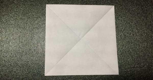 おひなさまの折り紙の折り方1