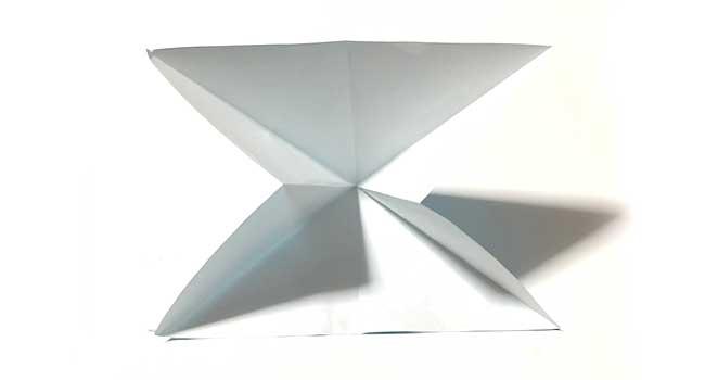 折り紙で簡単に作れる蝶の折り方4