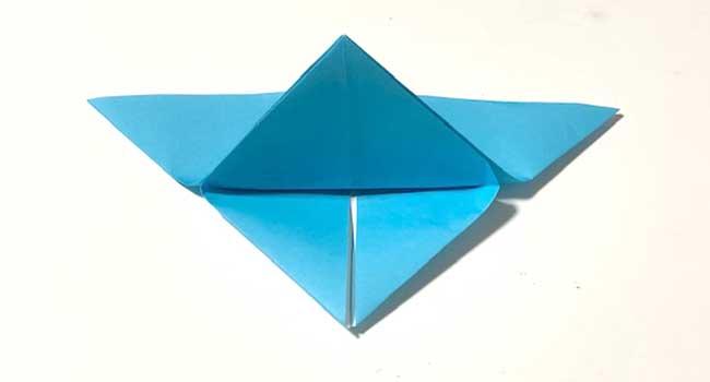 折り紙で簡単に作れる蝶の折り方8